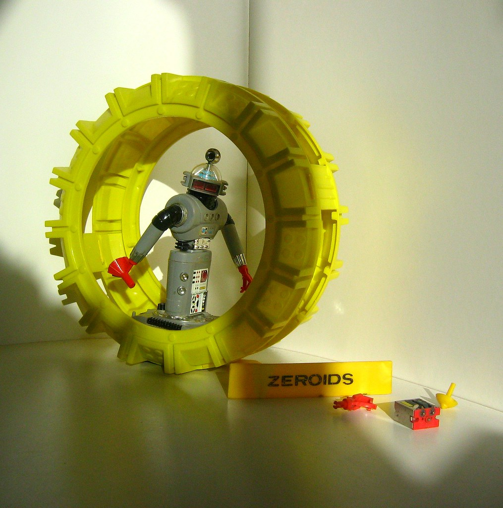 Ideal Toys - Zeroid Robot and Cycle Set (1968): Zintar Robot, Solar Cycle, Extra Zeroid Hand, Laser Bomb, Reversing Ramp