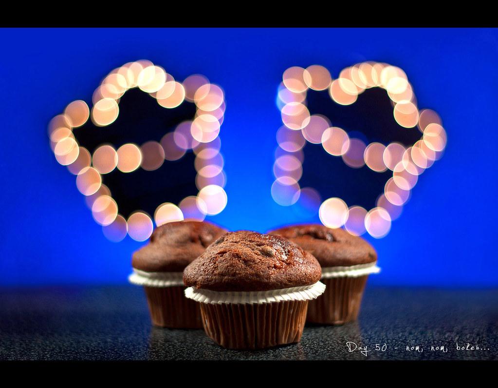 Project 365, Day 50, 050/365, strobist, Pocketwizard Plus II, bokeh, cupcake, muffin, muffins