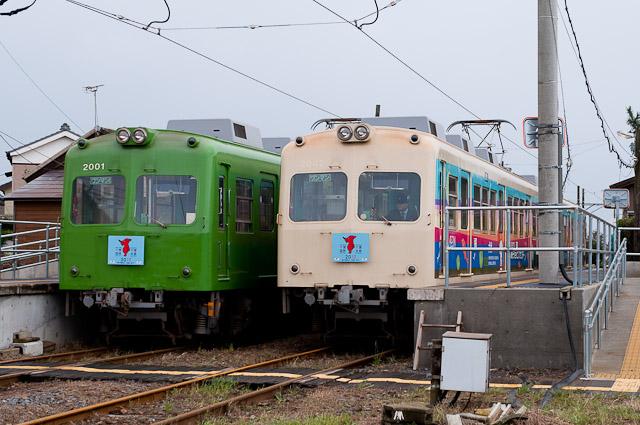 銚子電鉄2000形2001・2002編成並び