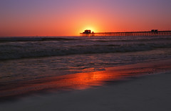 Chasing the Sun at Oceanside (RichGreenePhotography.com) Tags: sunset sky sun color reflection beach water pier sand waves pch pacificocean oceanside southerncalifornia oceansidepier 1165 singhray nikond80 thechallengefactory 3stopreversegnd richgreenephotography
