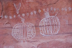 Pictographs at Peekaboo (Ziemek T) Tags: hiking peekaboo backpacking canyonlandsnationalpark canyonlands pictographs needlesdistrict