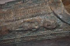 Slipper Sarcophagus from Nippur Iraq, ca. 100 CE (Detail) (Penn Museum) Tags: detalle detail glass terracotta iraq sarcophagus mesopotamia glazed terracota irak ottomanempire nippur vidriada sacófago carámica