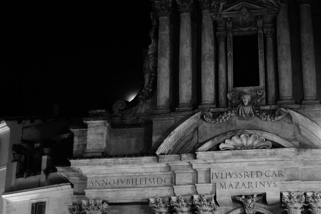 the moon stalking Santi Vincenzo e Anastasio a Trevi