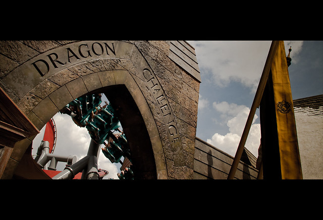 The Wizading World of Harry Potter: Dragon Challenge