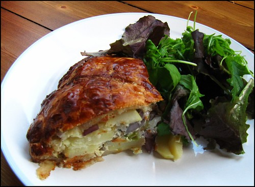 potato and red onion pie