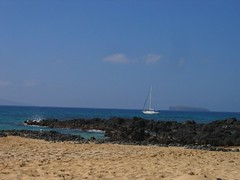 Sailboat ~ Molokini In Background (stu_macgoo) Tags: ocean hawaii lava sand scenery waves maui makena makenacove