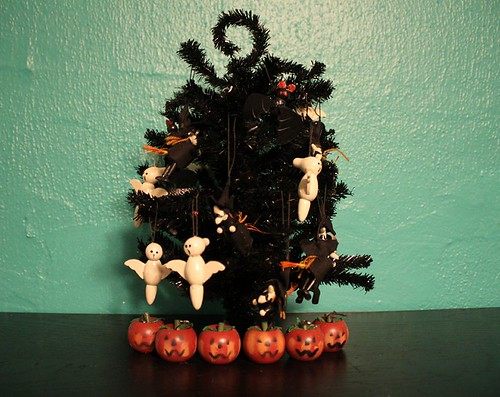 Halloween Tree Vintage Ornaments