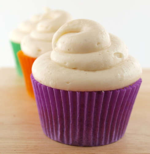 Sweet Potato Cupcakes with Brown Butter Cream Cheese Frosting (Just ...