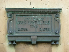 Photo of John Hunter bronze plaque