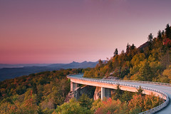 breaking dawn - linn cove viaduct (KGM) Tags: canon eos nc northcarolina viaduct blueridgeparkway grandfathermountain canonef24105mmf4lis linncoveviaduct 40d averycounty linncove mp304