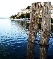 -- (Raffaella_Calabria) Tags: italy lake rome roma relax lago chains italia lakes calm views leisure anguillara padlocks panorami lucchetti catene tranquillit laghi