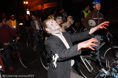 zombie bike ride 045