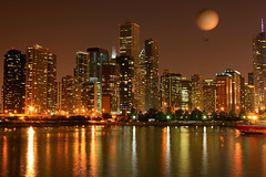 Luci sul lago / Lights on the Lake (Explore!!!) (AndreaPucci) Tags: summer usa lake chicago skyline night buildings lago lights illinois holidays estate michigan clear explore luci mongolfiera vacanze palazzi canoneos400 canonef24105mmf4lis andreapucci