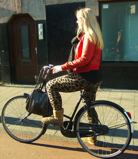 Quite A Wild Lady I say :) just Love that fierce red & leopard combination