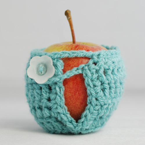 Teal variegated apple cosy