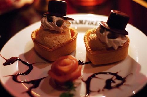 VAMPIRE CAFE 2010-09