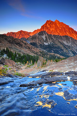 Mount Stuart, Central Cascades (mj.foto) Tags: autumn sunset fall landscape washington pineneedles cascades pacificnorthwest 24mm larch gnd neutraldensity mountstuart ingallspass leefilters d700 lakeingalls markjosue
