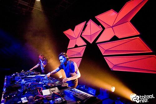 Dan Arnold + Leon Harris (The Qemists) @ Ninja Tune XX, Ninkasi Kao, Lyon