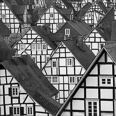 tausendmal geknipst... (*regina*) Tags: architecture germany deutschland architektur freudenberg siegerland fachwerkhaus timberframe 500x500 bigmomma littlestories thechallengegame challengegamewinner picswithsoul winner500 gamesweepwinner