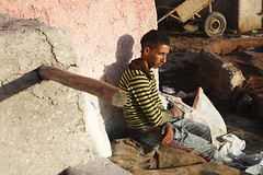 Fes, Morocco (Jim Shannon) Tags: leather workers northafrica tan knife morocco fez smell heat cutting labour canon5d washing fes whitewash odour tannery workingconditions mg99561000px