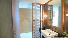 36-1st-bathroom (David Phinijdamm) Tags: apartment service rent monthly yearly    bangkokhomecondocom