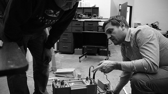 Gareth Edwards at Dallas Makerspace by Steevithak