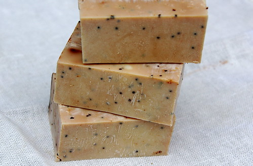 olive oil soap with poppy seeds