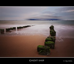 Ghost ship (Eddy Blokhuis ) Tags: sea beach strand zeeland zee vlissingen ochtend paaltjes cs4 ghostship nd110 eddyblokhuis