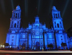 Mexico City Cathedral - Catedral Metropolitana, Mexico DF (Sir Francis Canker Photography ) Tags: show plaza city trip travel blue panorama color reflection tourism monument skyline architecture night square landscape mexico lights luces noche twilight arquitectura long exposure cityscape foto shot cathedral dusk monumento picture catedral landmark visit icon tourist best hour vista nocturna mexique piazza constitution visiting nuit metropolitana notte beams zocalo pais constitucion mexiko mexicodf mejor messico lucena aztecs espectaculo mejico azteca cuauhtemoc tenochtitlan  moctezuma  meksyk brusaco meksika   sirfranciscankerjones   yomexico pacocabezalopez