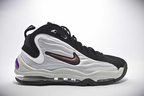 Nike Uptempo White (1)