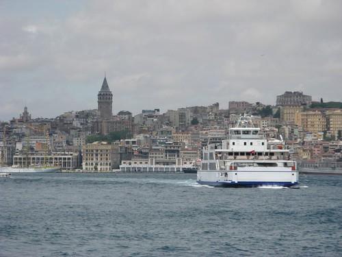 De barco pelo Bósforo, Istambul; Junho 2010