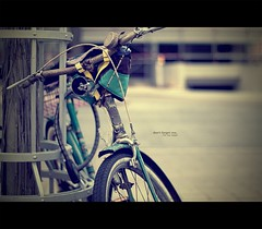 Don't forget me [Explore] (Maegondo) Tags: city urban streets bike canon vintage germany bayern deutschland bavaria 50mm bokeh bycicle ingolstadt eos1000d
