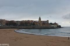 Playa de San Lorenzo, Gijon, Asturias (RAYPORRES) Tags: asturias gijon sanpedro reyes playasanlorenzo
