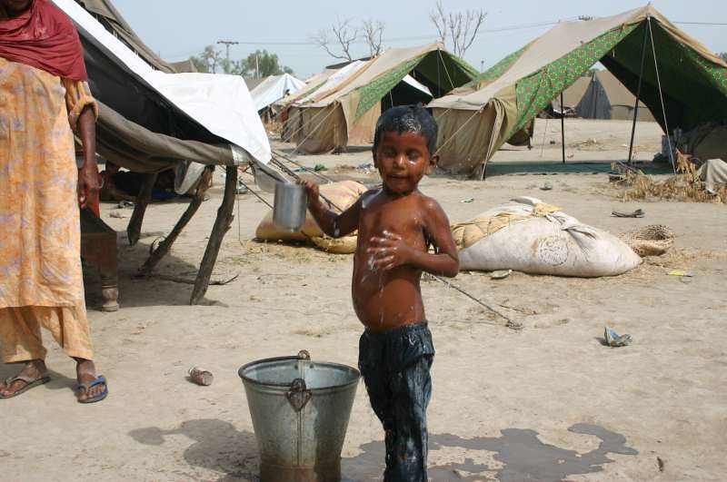 UNHCR News Story:Home remains a distant dream for many flood-displaced Pakistanis