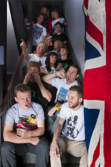 Anyforty Versus3 (Jon Ashelford) Tags: people alan studio newcastle design pub nikon jon shoot flag flash group models tshirt british tamron tee tees wardle d300s ashelford anyforty