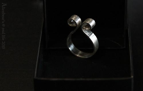 "Silver ring ""HUG"""