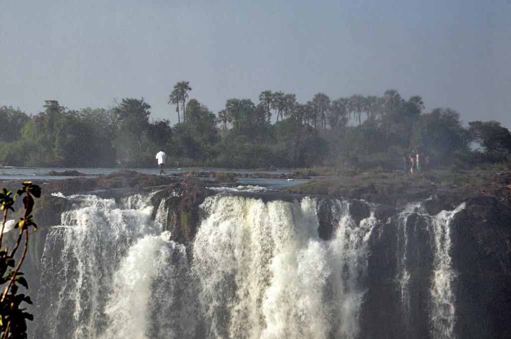 ZIMBABWE-VICTORIA FALLS-8