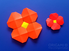 Origami Pixels Flower (origami.plus) Tags: origami flower origamiflower poppy