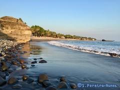Sunzal Beach, El Salvador (ssspnnn) Tags: sunzal elsalvador sunzalbeach spereiranunes iphone seashore sea mar pacificocean playa praia beach water sand