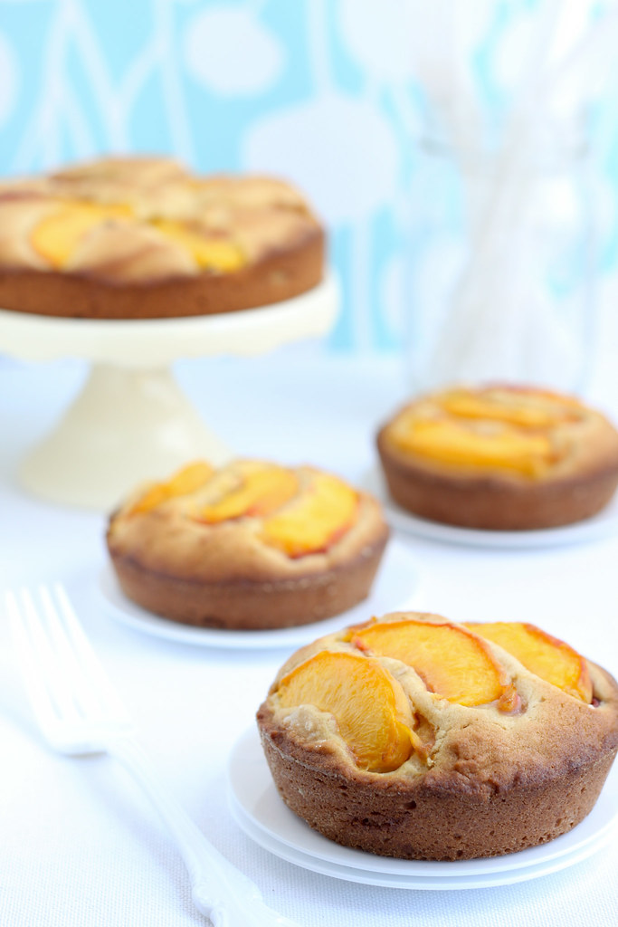 Dimply Peach Mini Cakes