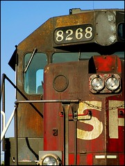 Espee Colors and Patina (greenthumb_38) Tags: california colors rust rusty sp orangecounty anaheim patina southernpacific bloodynose livery espee tunnelmotor sd40 canonpowershotpro90is westanaheim jeffreybass