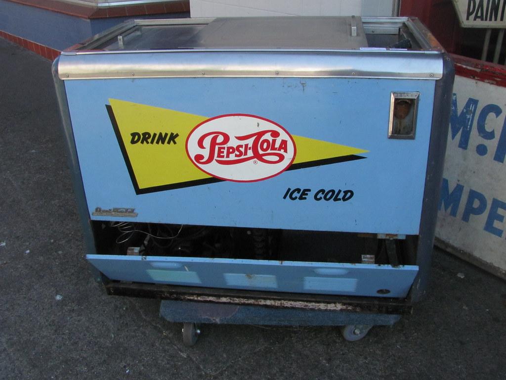 Drink Ice Cold Pepsi Cola Store Cooler Vintage