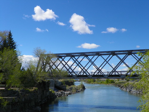 A picturesque bridge on the Snake River