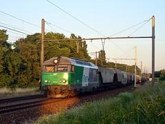 SNCF 467579 met vertraagde graantrein naar Antwerpen-Schijnpoort (John Liekens) Tags: train diesel grain zug lille fret cereals antwerpen trein sncf angola graan hld schijnpoort delivrance bb467000 467579