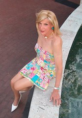 C Laura Looking Lovely 73110++ (lwhitets) Tags: fort july saturday lauderdale 312010
