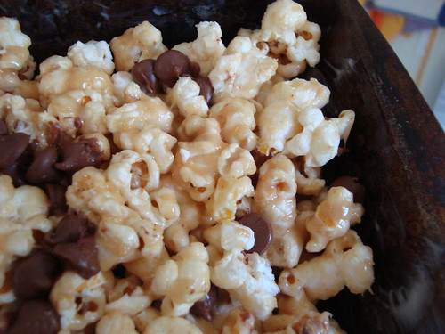 peanut butter honey caramel corn