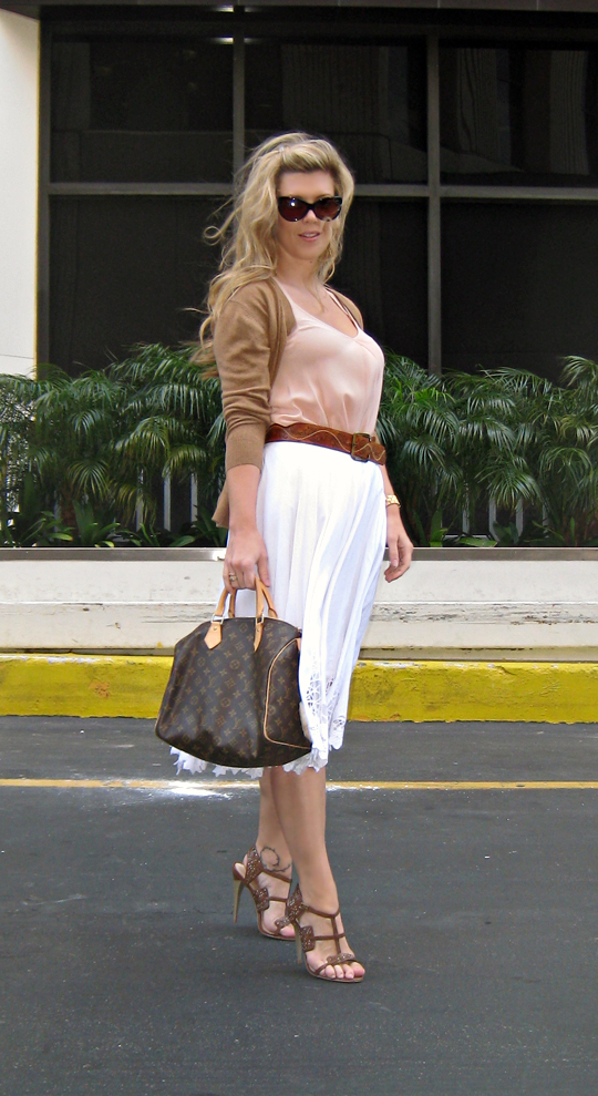 LAMB sandals+louis vuitton speedy+vintage belt+white skirt+tom ford sunglasses