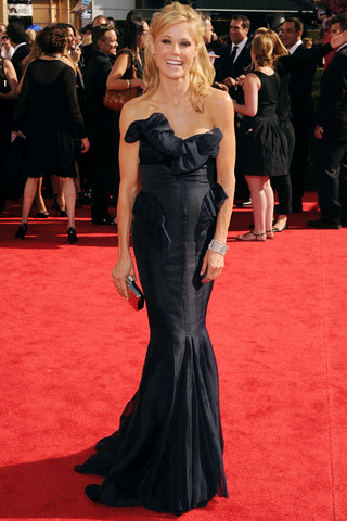 Julie Bowen, in J. Mendel, with Neil Lane jewels.