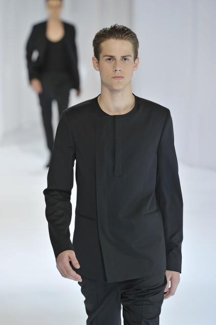 Jonathan Dalcin3013_SS11_Paris_Dior Homme(first VIEW)