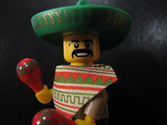 Mariachi (s.kosoris) Tags: macro canon lego mariachi minifig maracas minifigure series2 s3is canonpowershots3is skosoris maracaman